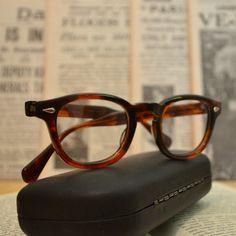 Johnny Depp Vintage style Horm rim eyeglasses, James Dean glasses