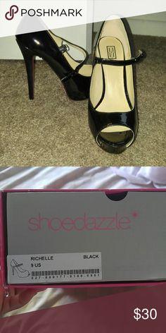 Signature by Shoedazzle black pumps Black patent leather peep-toe pumps Shoes Heels