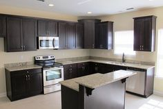 L shaped kitchen | ... Shaped Kitchen Cabinetry Set Style In Modern Kitchen Inspiring Decor