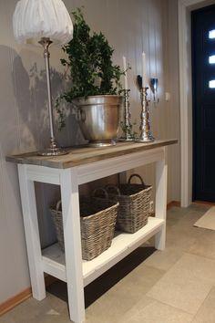 Søkeresultater for «label/DIY-silje Hallway Inspiration, Interior Design Inspiration, Interior Ideas, Coffe Table, Cottage Homes, Rustic Chic, Cozy House, Decoration, Wood Furniture