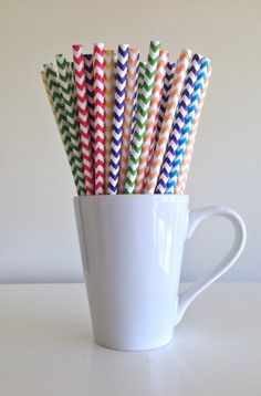 Paper Straws  25 Red Orange Yellow Green Blue Purple Rainbow Chevron Straws by PuppyCatCrafts, $3.60