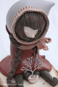 Gosia - Büsia & a baby tree - Polymer clay sculpture on a wood base http://www.coroflot.com/gosia