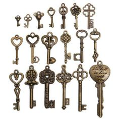 Description : 19Pcs Antique Vintage Old Look Skeleton Key Set Lot Pendant Heart Bow Lock Steampunk Jewel Features : Vintage Key for jewelry or crafts making. Mix and match, personality DIY, create your own jewelry! Classic fashion jewelry, your beautifull the shots! Hand enthusiasts must have! A...