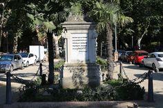 Turismo virtual por Andalucía: La mesa de trabajo del Joven Velázquez: Monumento a la Raza