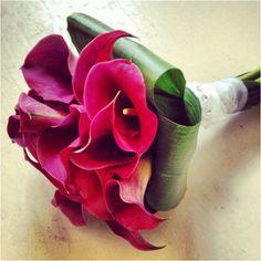 Calas color vino Boutonnieres, Bouquets, Calla Lilies, Rosario, Gift, Boyfriends, Wedding, Flowers, Bouquet
