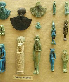 Egyptian faience amulets from the Ashmolean Museum