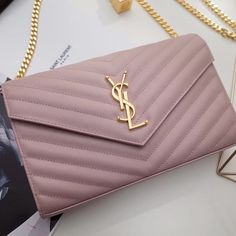The BEST YSL Shoulder Bags Counter Quality Replica Available Online! Experience the Designer Discreet difference by shopping with us today! Fashion Handbags, Purses And Handbags, Fashion Bags, Luxury Purses, Luxury Bags, Sac Michael Kors, Cute Purses, Kardashian, Cute Bags