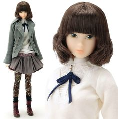 Momoko: just another fashion-loving Japanese schoolgirl #ToyTuesday