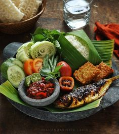 Thai Food Menu, Malay Food, Food Garnishes, Food Photography Tips, Malaysian Food, Food Decoration, Indonesian Food, Aesthetic Food, Food Presentation