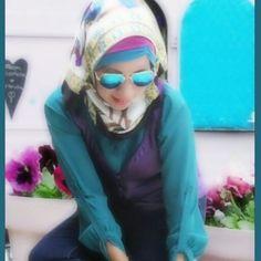 Hijab Tosca and Purple