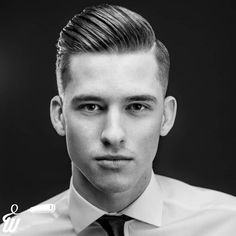 "Na zdjęciu Mateusz, ""the executive style"" ? In the photo, Mateusz, ""the executive style"" ? Haircuts Straight Hair, Cool Haircuts, Haircuts For Men, Short Hair Cuts, Short Hair Styles, American Crew, Executive Fashion, Executive Style, Parting Hair"