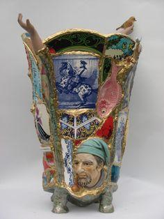 Mosaic Vase, Mosaic Flower Pots, Mosaic Diy, Mosaic Garden, Mosaic Crafts, Mosaic Projects, Pebble Mosaic, Sculpture Art, Sculptures