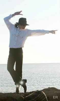 iconic pose