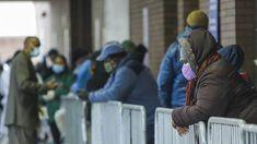 Κορωνοϊός: Φόβοι πως οι νεκροί στις ΗΠΑ θα είναι περισσότεροι και από τον πόλεμο του Βιετνάμ Winter Jackets, Fashion, Winter Coats, Moda, Winter Vest Outfits, Fasion, Trendy Fashion, La Mode