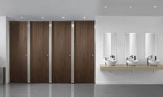 Paraline Platinum™ is a high quality toilet cubicle featuring brushed Stainless Steel pilasters and headrail, the perfect choice for any high-end washroom. Cubicle Door, Toilet Cubicle, Toilet Room, New Toilet, Bathroom Toilets, Washroom, Wc Public, Cubicle Partitions, Commercial Toilet