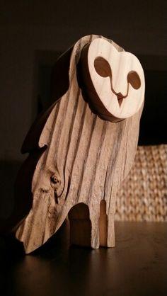 Sowa ze starego drewna. Old wood owl.   Facebook: Kwiaty i Ogrody Agnieszka Gryc