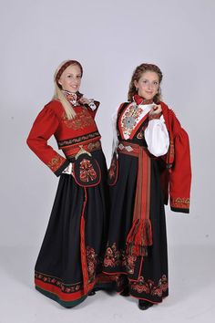Telemark, Norway Norwegian Clothing, Scandinavian Embroidery, Beautiful Norway, Scandinavian Fashion, Folk Fashion, Historical Clothing, Folk Clothing, Folk Costume, Traditional Dresses
