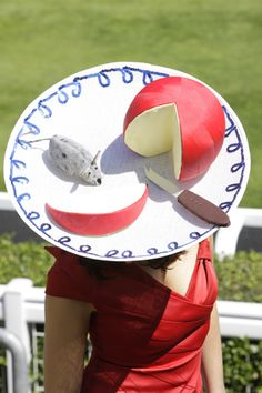 Ladies Day @ Royal Ascot Races - UK  http://www.backstageconfidential.net/royal-ascot-2010-more-weird-hats.html