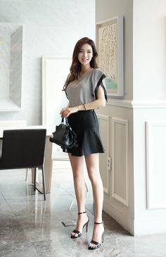 Korean Women`s Fashion Shopping Mall, Styleonme. Korean Beauty, Asian Beauty, Asian Woman, Asian Girl, Asian Ladies, Moda Fashion, Womens Fashion, Cute Japanese Girl, Good Looking Women