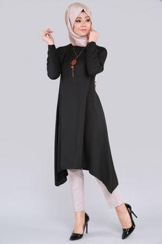 ** YENİ ÜRÜN ** Seyyar Kolyeli Tunik Siyah Ürün kodu: LRJ503 --> 54.90 TL