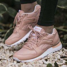 Reebok GL 6000  Цена 5490₽ #sneaker #sneakers #sneakerhead #sneakerfiles #sneakerheads #sneakershouts #sneakerholics #sneakerstreet #sneakerstreetperm #reebok #reeboks #reebokshoes #reebokgl6000 #reebokwomen #reebokgl6000s #kicks #kicks4eva #kicks0l0gy #kicksonfire #perm