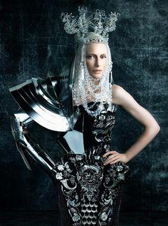 Cate Blanchett, photo by Steven Klein, Vogue, 2006 *