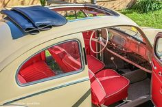 Beetle Soft top beige with red interior