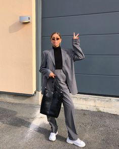 Vogue Fashion, Look Fashion, Winter Fashion, Modern Outfits, Trendy Outfits, Cool Outfits, Mode Ootd, Mode Hijab, Modest Fashion