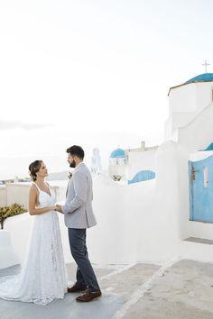 Santorini, Oia, wedding, couple, in love, summer, moments, beautiful, caldera, wedding photography, just married,
