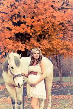 maternity pic. I just couldn't not keep this one for the future...