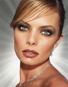 Jaime Pressly - Mumblo Beautiful Eyes Pics, Stunning Eyes, Beautiful Celebrities, Beautiful Women, Amazing Eyes, Beautiful People, Lovely Eyes, Hey Gorgeous, Stunning Makeup
