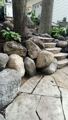 Love the big boulders next to the steps.