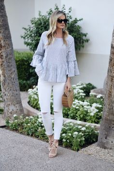 b3c88d7c45 Easy ways to wear white jeans during the summer.