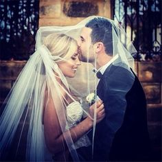Home » Wedding Photography » 20+ Heart-melting Wedding Kiss Photo Ideas » What a great wedding photo. Bride and groom. The kiss
