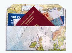 Taschenorganizer - Etui für Reiseunterlagen aus Weltkarte / ATlas - ein Designerstück von renna-deluxe bei DaWanda