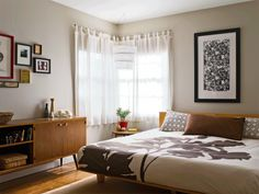 beautiful bedroom light (and from a story i wrote!)