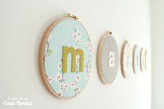Habitación infantil para bebé recién nacido | el taller de las cosas bonitas Metal Clock, Metal Wall Art, Roman Clock, Dining Room Wall Decor, Ideas Hogar, Diy Recycle, Meaningful Gifts, Interior Decorating, Handmade