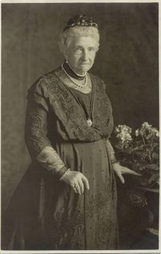 Grand Duchess of Mecklenburg-Strelitz nee Princess Augusta Caroline of Great-Brittain