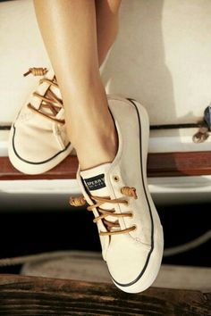 Lovely Creamy colored Shoe with Brown lace