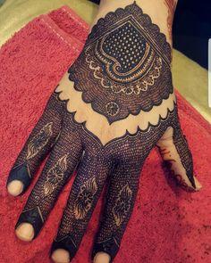 Henna Designs Wrist, Kashee's Mehndi Designs, Palm Mehndi Design, Latest Henna Designs, Stylish Mehndi Designs, Mehndi Design Pictures, Mehndi Designs For Girls, Wedding Mehndi Designs, Mehndi Designs For Fingers