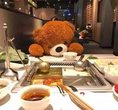 得粉丝者得天下|你的餐厅拥有忠实粉丝吗? Eating Alone, Bear Toy, Reduce Stress, Young People, Thinking Of You, Dining, Pos, China, Twitter