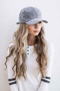 awesome gray suede baseball cap, baseball cap, varsity stripe shirt, blonde hair, wavy h. Look Fashion, Autumn Fashion, Mens Fashion, Classic Fashion, Fashion 2017, Street Fashion, Fashion Brands, Style Feminin, Moda Casual