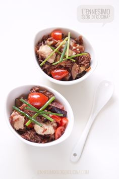Insalata di riso rosso con pesce spada e melanzane (red rice salad with swordfish and eggplants) Meat Appetizers, Best Italian Recipes, Recipe Boards, Couscous, Gnocchi, Finger Foods, Food To Make, Food And Drink, Yummy Food