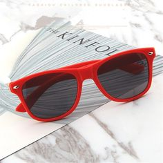 e044cb64c24 Vintage Sunglasses Men Women Retro Black Pink Red Sun Glasses Goggles  Shades Eyewear  eyewear