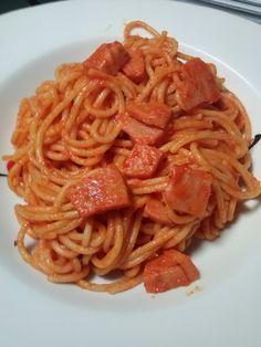 AVIRECETAS ¿Qué cocino hoy?: Espaguetis al pesto rojo