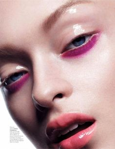Katya Gaydukova by Baard Lunde for L'Officiel Paris September 2013 pink, glossy lids with a pop of pink Makeup Trends, Makeup Inspo, Makeup Art, Hair Makeup, Glossy Eyes, Glossy Makeup, Beauty Make-up, Beauty Shoot, Make Up Looks
