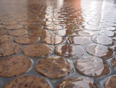 Wine cork flooring. Oh, the rooms I could have floored by now...    cool idea with corks..polyurethane bathroom floors and cut cork?
