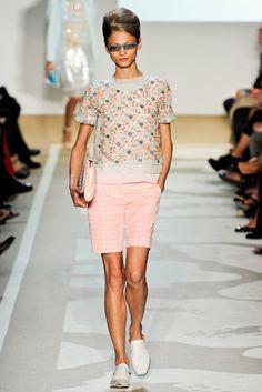 Diane von Furstenberg Spring 2012 Ready-to-Wear Collection Photos - Vogue