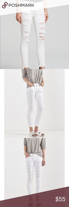 "Current/Elliott ""Stiletto"" white cropped skinny 23 Complete any summer look with crisp white denim. The Stiletto is Current/Elliott's best-selling cropped skinny, featured here in Tattered White. Made in the USA of a substantial 98% cotton, 2% elastane blend that  is not see-through like most white denim out there. Approx measurements: 9"" leg opening, 27"" waist, 25.5 inseam. Good condition, no stains, shredding is intentional. Current/Elliott Jeans Ankle & Cropped"