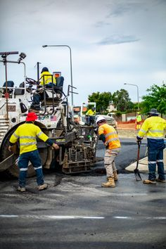 Canberra roads to be paved with recycled plastic as Government trials new type of asphalt Printer Toner Cartridge, Sustainable Transport, The Day Today, Circular Economy, Trials, Glass Bottles, Monster Trucks, Recycling, The Past